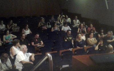 Valencia. Los debates se prolongaron incluso en los espacios intermedios de las intervenciones programadas en la Jornada Salud en Curso: Prevenir a través de la imagen.